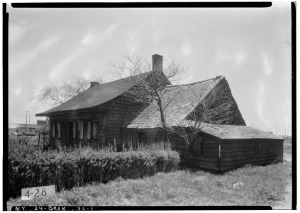 Historic American Buildings Survey, E.P. MacFarland, Photographer May 8, 1934, VIEW FROM NORTHWEST. - Peter Wyckoff House, 5902 Canarsie Lane, Brooklyn, Kings County, NY [Public domain], via Wikimedia Commons.