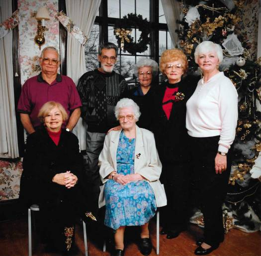 Elsie and six of her nine children.