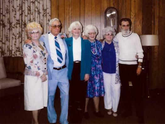 Elsie and five of her children.