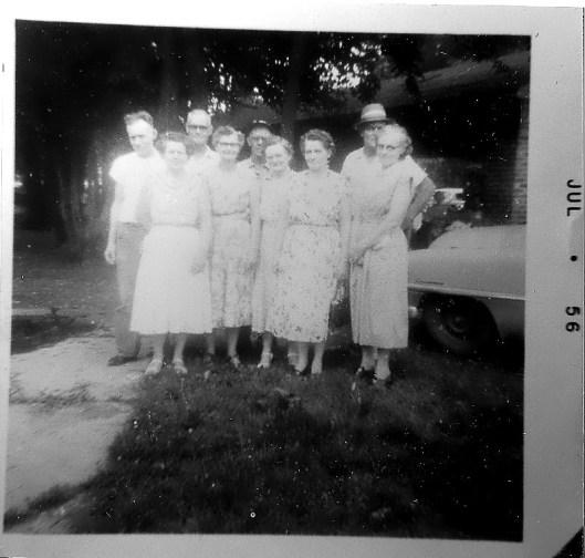 Hackathorn Siblings, Elsie, second from right.  (Sandy, Shorty, Jack, George, Mary, Lois, Goldie, Elsie, Jennie)