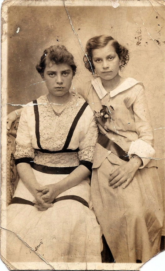 Sylvia Jolley and sister